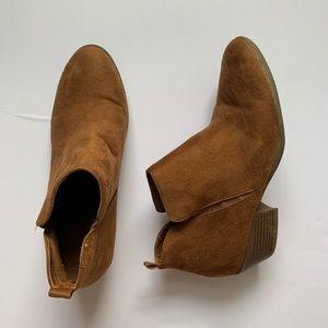 AEO short brown booties